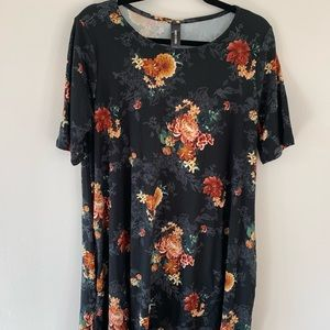 Agnes and Dora, NWT, floral swing tunic